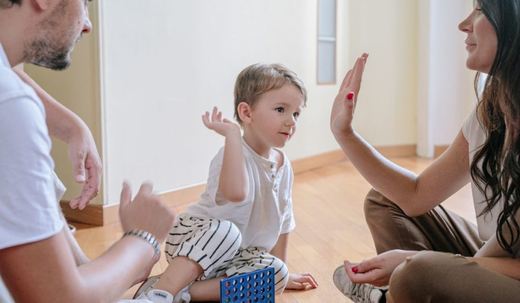 pomysły na zabawy z dzieckiem dla zmęczonych rodziców